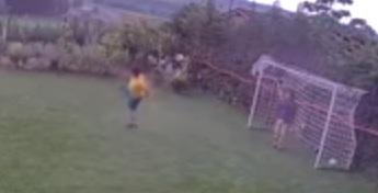 Zübeyirinho'dan Ibrahimoviç'i kıskandıracak bir gol!